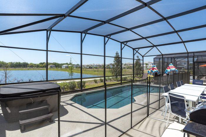 Hot tub on pool deck